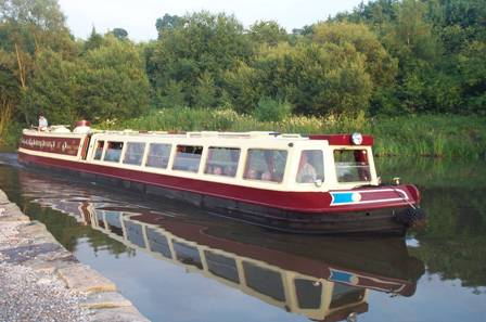 Peak Forest Canal Winter Warmer Cruise including Lunch